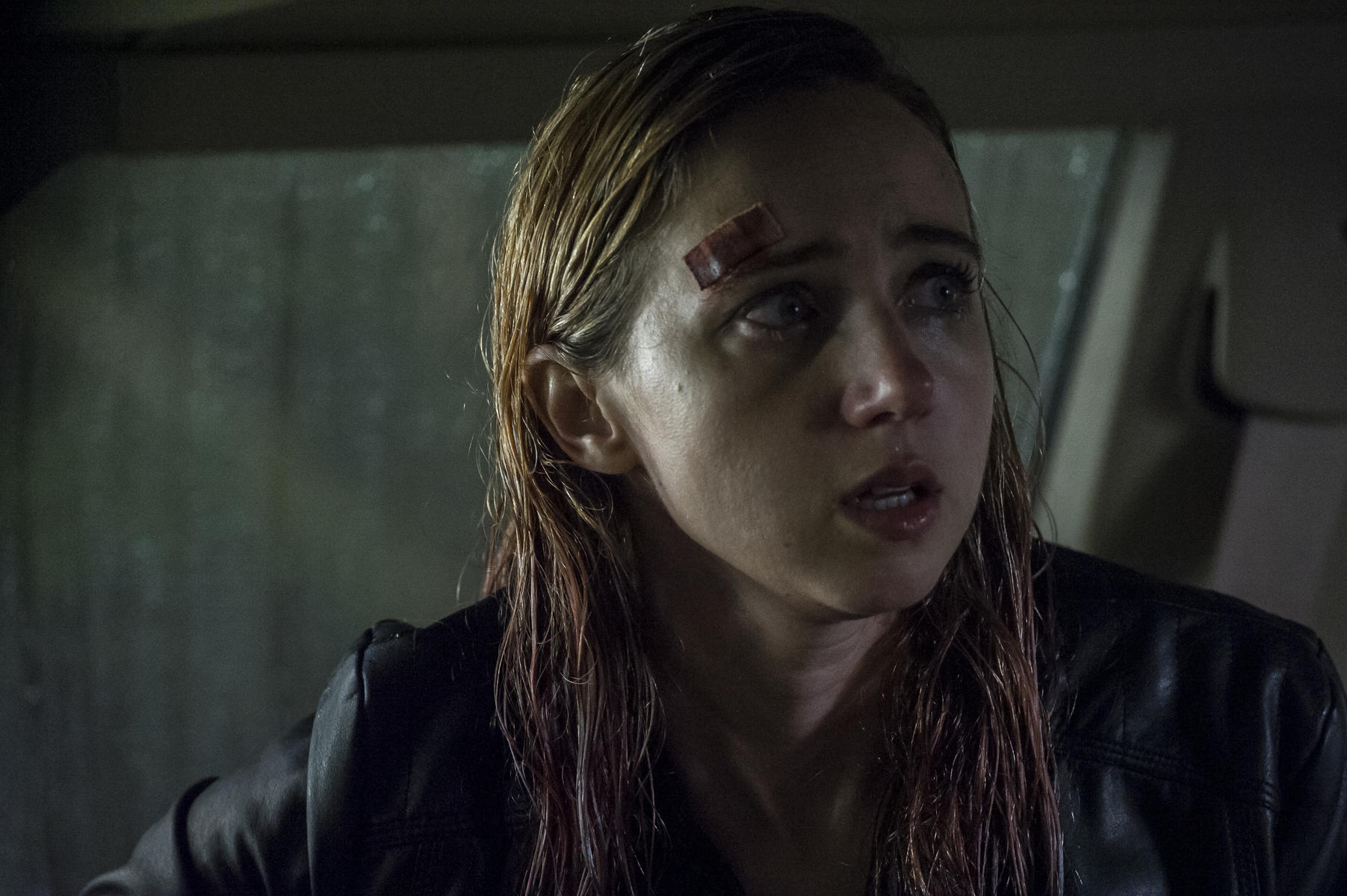 the-monster-mit-zoe-kazan