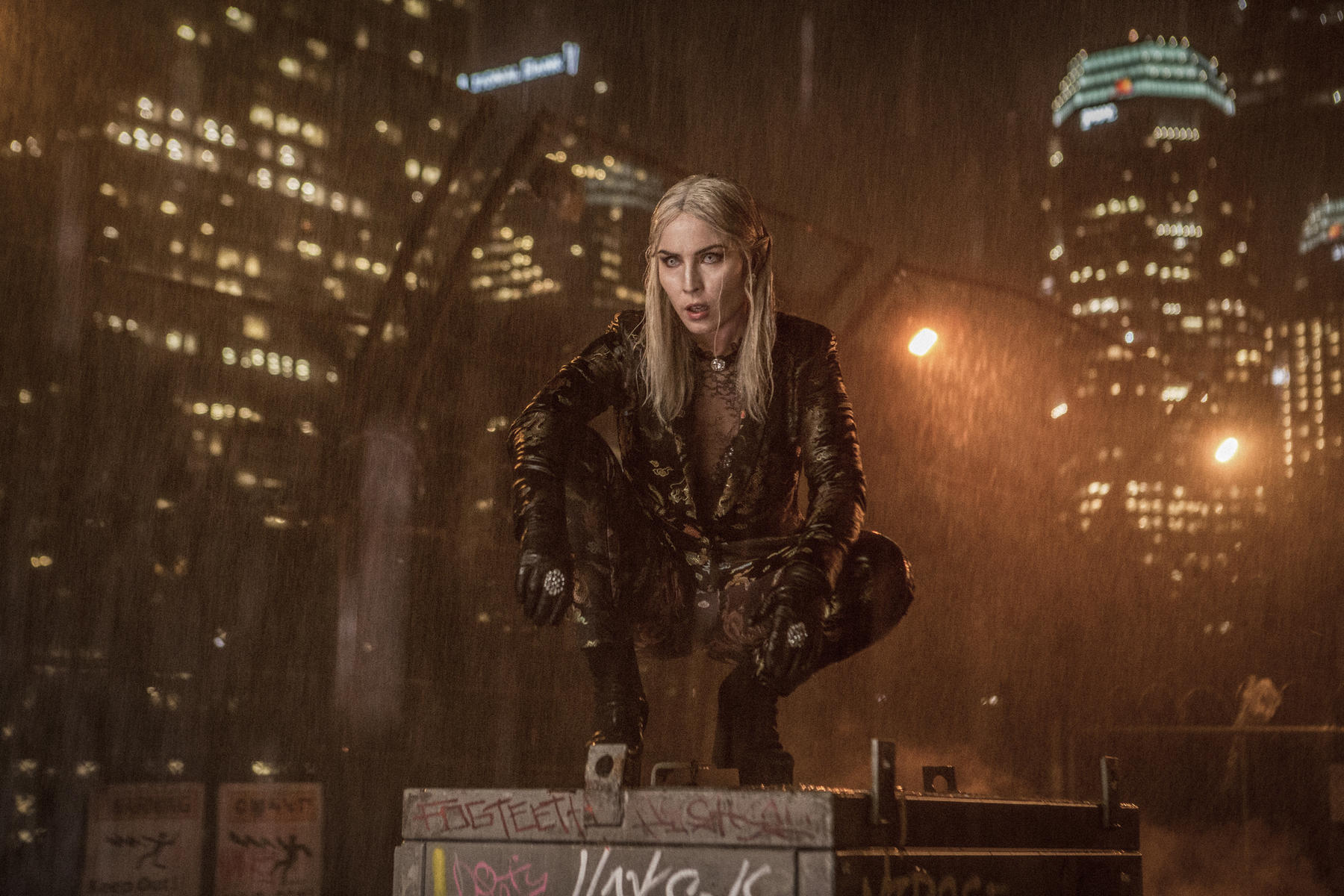 bright-mit-noomi-rapace